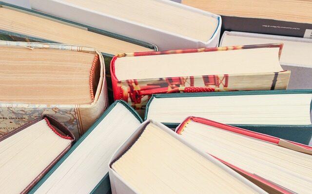 books-1194457_640.jpg